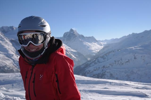 veselý lyžař