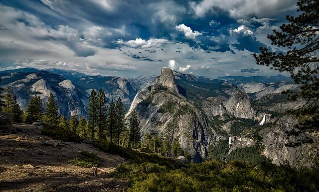 skál v Yosemitském národním parku