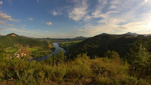 pohled na horskou vesničku