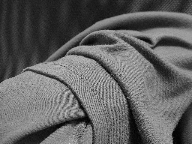 žmolky na oblečení
