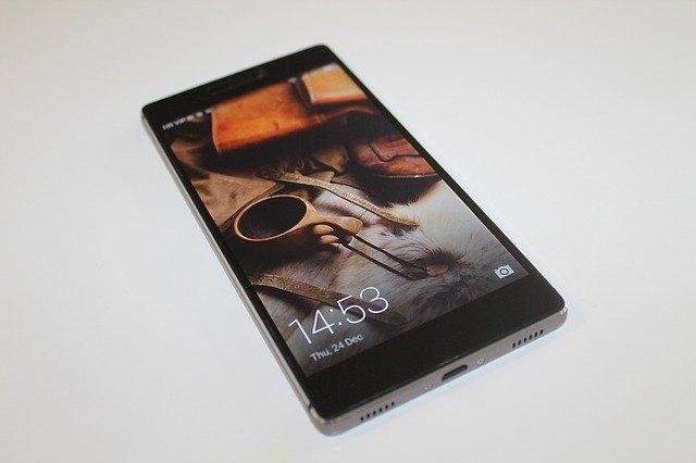 černý Huawei